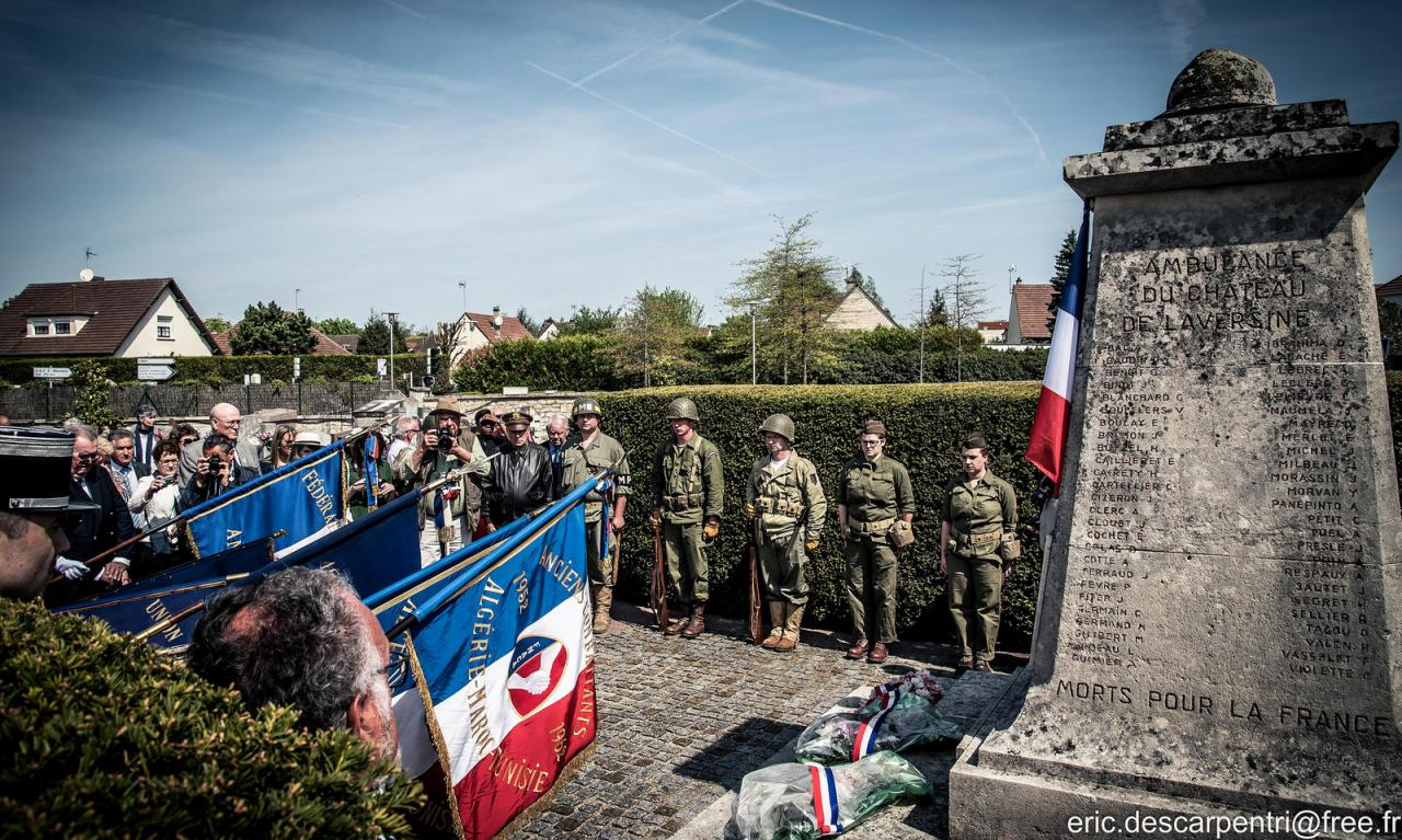 8 mai - St Maximin - Photo d'Eric Descarpentri